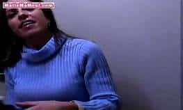 imagen Madura hace mamadas y es filmada en POV
